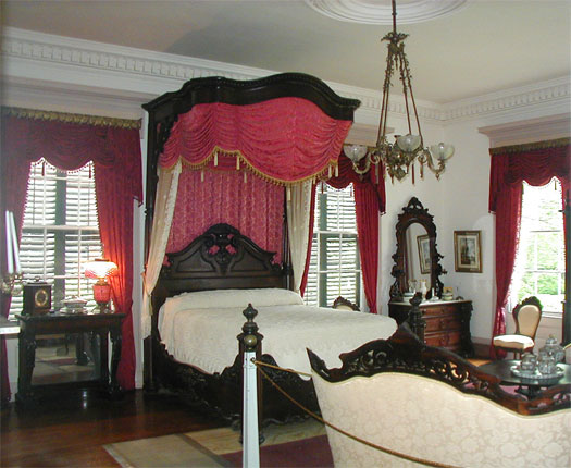 Red Mansion Master Bedrooms the new southern view ezine/interiors & exteriors   waverley